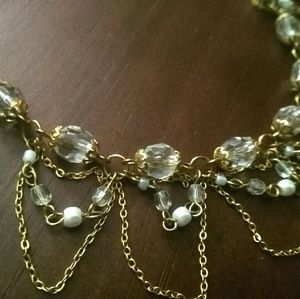 Jewelry - *SALE 2 for $15* NWOT Gold and crystal necklace